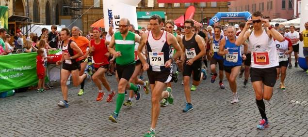 Bericht: Amberger Running Night oder Laufen mit Rippenprellung ist suboptimal