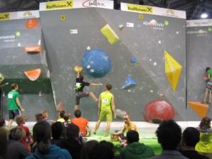 Bouldern bei der Alpinmesse Innsbruck 2015