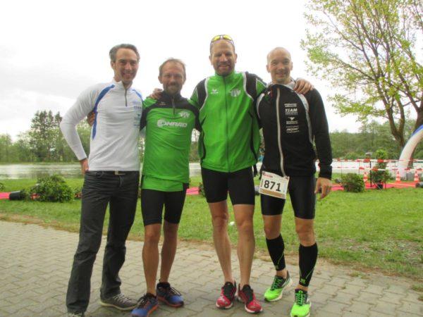 Triathlon-Weiden-Gruppenfoto