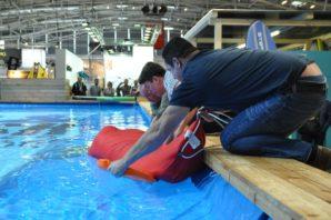 Nikwax - Schwimmen im Schlafsack